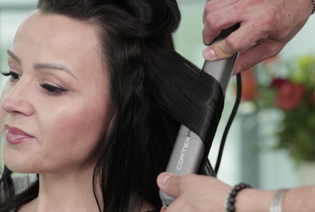 New Cortex Pro ProFlat Iron description and specs to lead readers to purchase the kit.